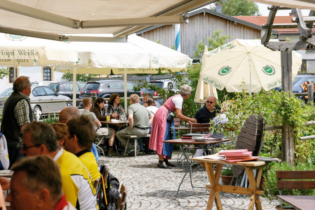 Gasthof Mairhofer Aurach Biergarten